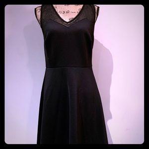 Black flare dress !!